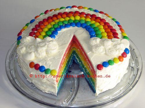 Regenbogen kuchen mit 4 schichten