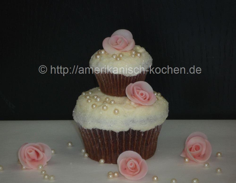 2 Stöckige Hochzeits Cupcakes Amerikanisch Kochende