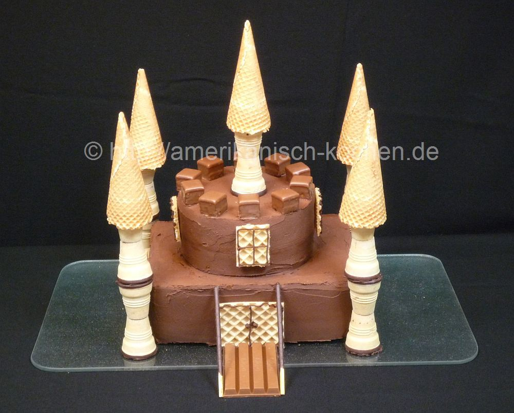 ritterburg kuchen schlosskuchen f r jungen castle cake. Black Bedroom Furniture Sets. Home Design Ideas