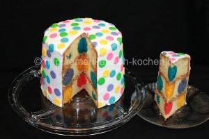 polka dot cake von vorne