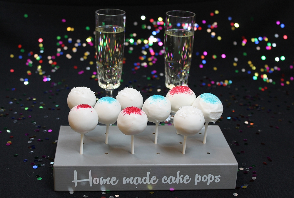 champagner cake pops f r silvester auch ohne alkohol m glich amerikanisch. Black Bedroom Furniture Sets. Home Design Ideas