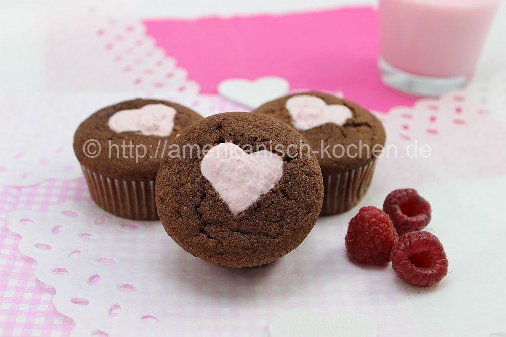 himbeer sahne cupcakes super f r den valentinstag amerikanisch. Black Bedroom Furniture Sets. Home Design Ideas