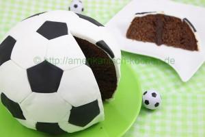 football kuchen backen