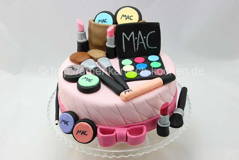 Make Up Cake Make Up Torte How To Make A Make Up Cake