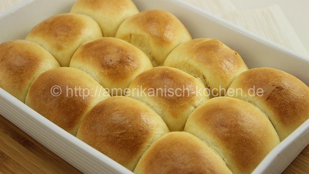Dinner Rolls (luftig-lockere Brot-Beilage) - amerikanisch-kochen.de